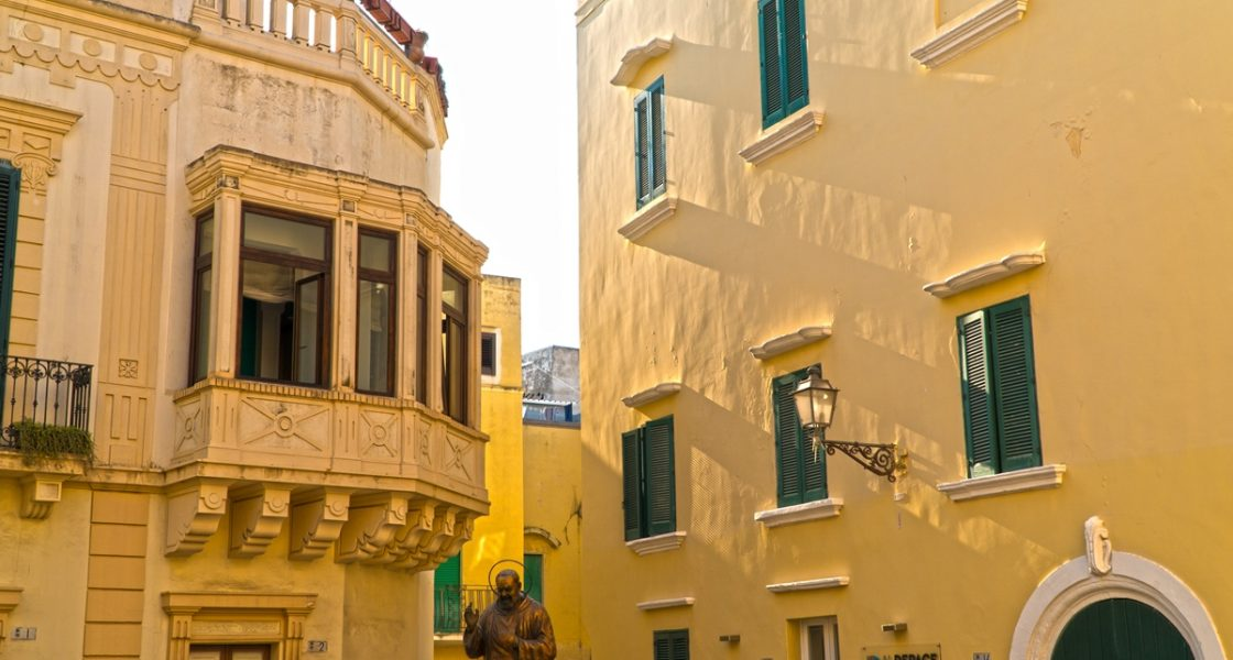 Gallipoli-Piazza-De-Amicis-1