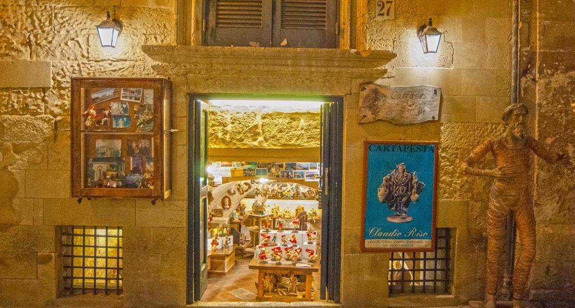 Lecce-Bottega-Cartapesta-1