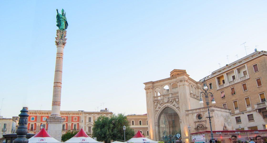 Lecce-Piazza-SantOronzo-1