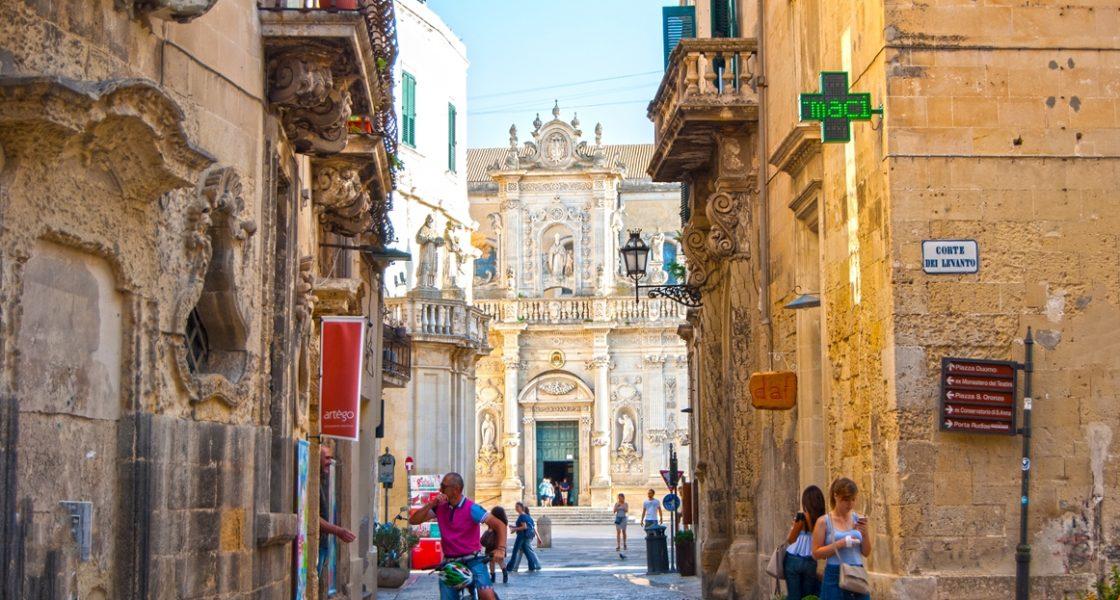 Lecce-Veduta-Cattedrale-Santa-Maria-Assunta