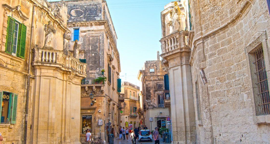 Lecce-Vicoli-Centro-Storico-1